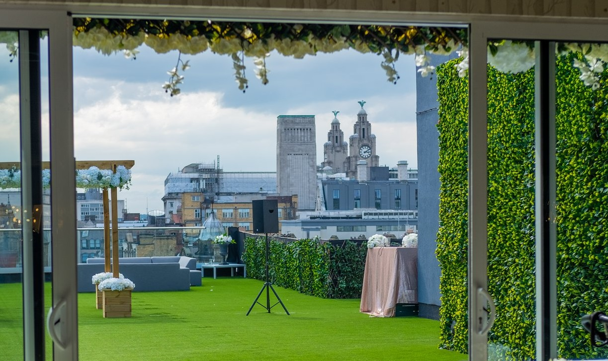 Garden of Eden - rooftop wedding venues